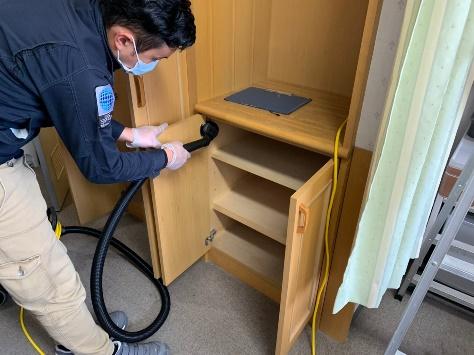 クローゼット内除塵清掃
